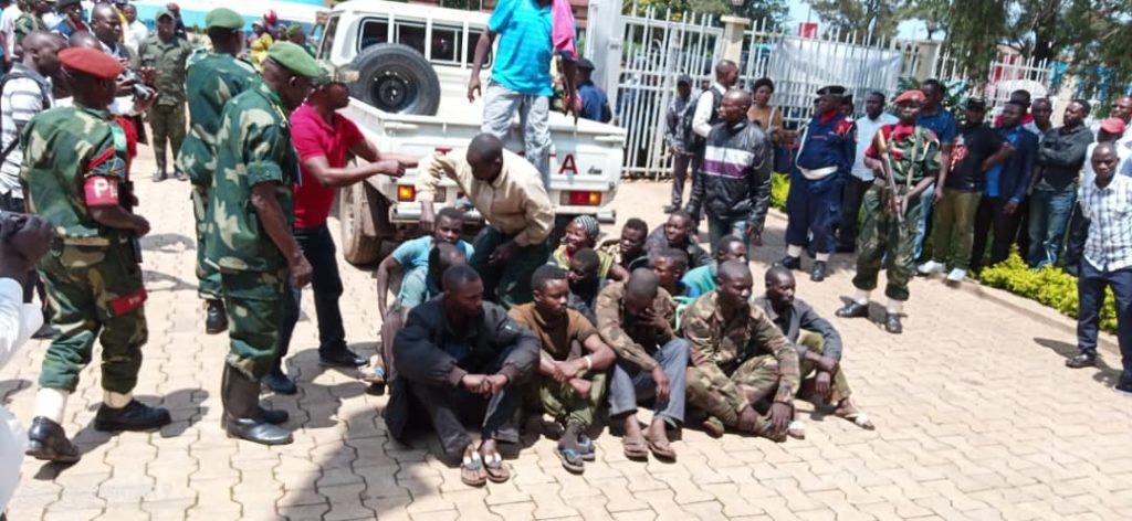 Photos de l'arrestation des membres du groupe Ngomino